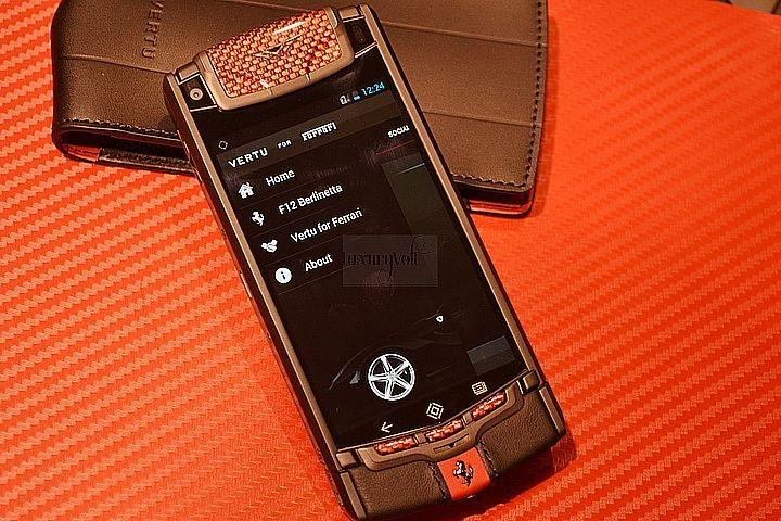 NEW VERTU FERRARI TI HANDS ON LUXURY PHONES-5