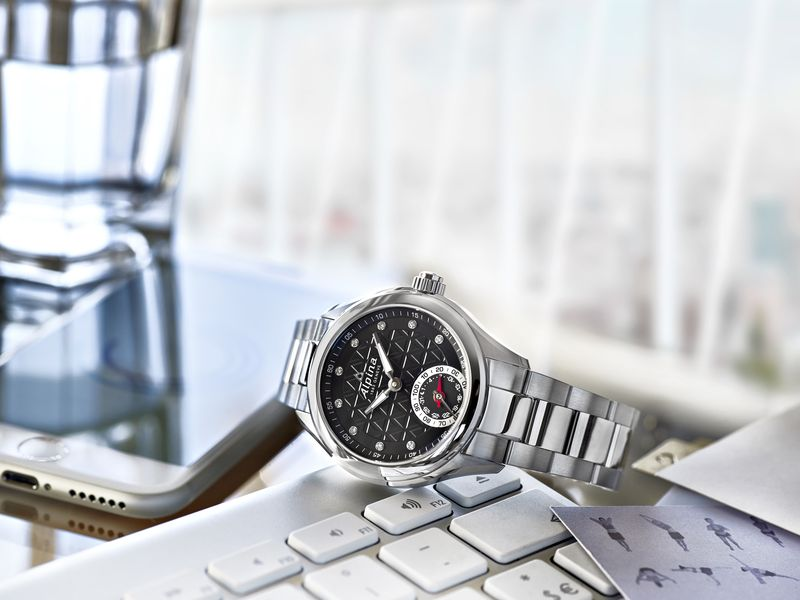 Swiss smartwatch price basel 2015 Alpina smartwatches-1