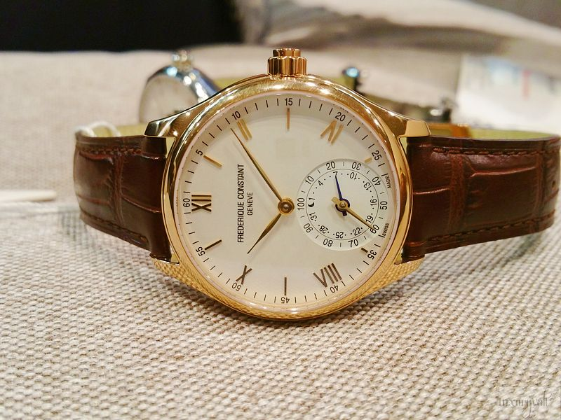 Frederique Constant swiss smartwatch hands on India Watch blog-2