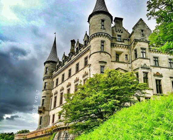Biggest castles in Scotland travel blog