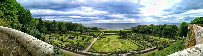 A panoramic view of the Dunrobin Castle garden captured with Honor 8 Pro, from the Castle towers.