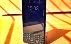 This blackberry is not all sugar. It has a few drawbacks. The most prominent is the mediocre processor