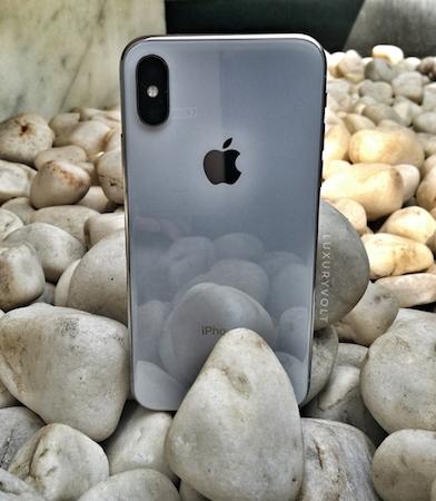 iPhoneX Price begins 89,000 INR in India
